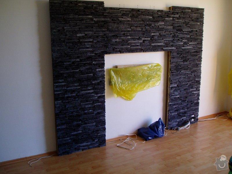 Obklad TV. stěny kamenným obkladem.: obkl.kamen._013