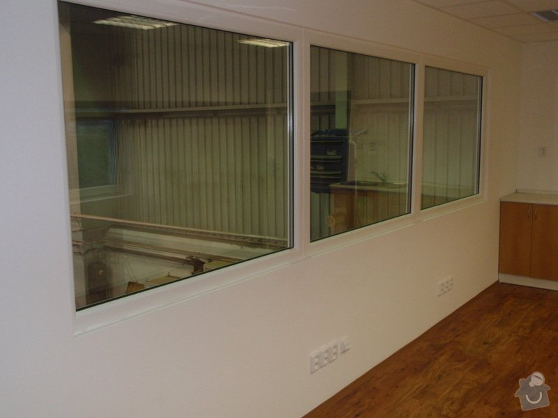 Sádrokartonová vestavba kanceláře.Minerální podhledy,bojler,malování,: P2111296