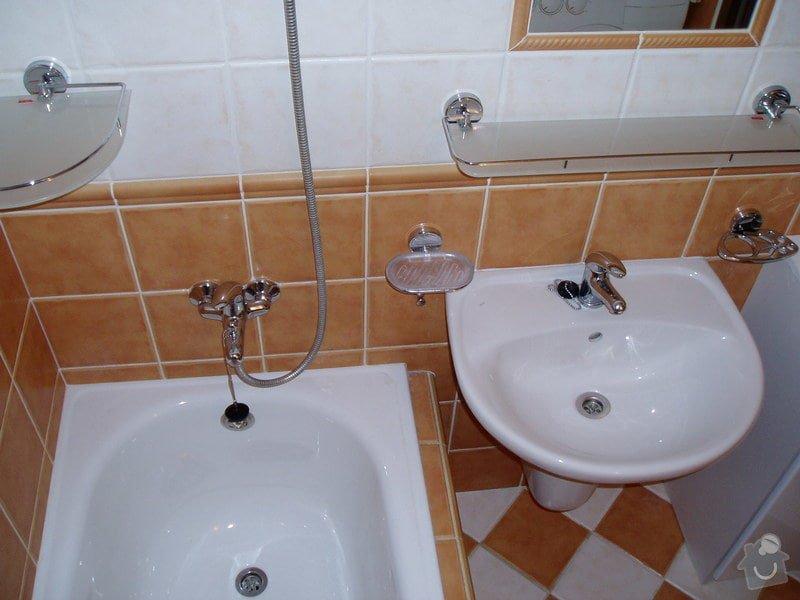 Koupelna panelákový byt.: P2270046