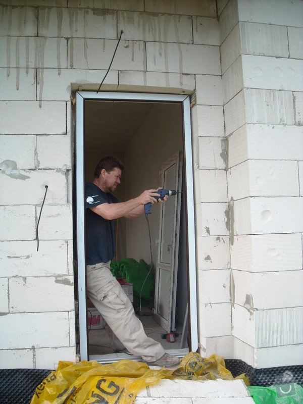Výroba a montáž oken, dveří a garážových vrat: sn_mek_045