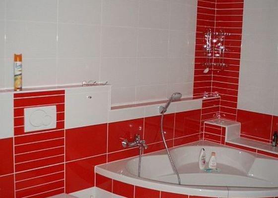Kompletní interiér - podlahy, obklady, dlažby, instalatérské práce, krb