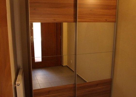 Montáž skříně Sconto nábytek