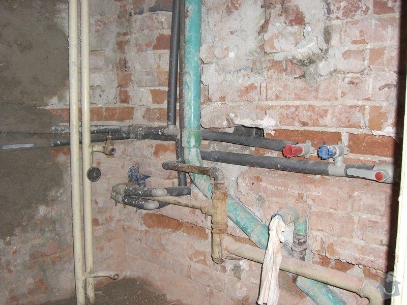 Instalace nového rozvodu vody+zedničina: CIMG1887