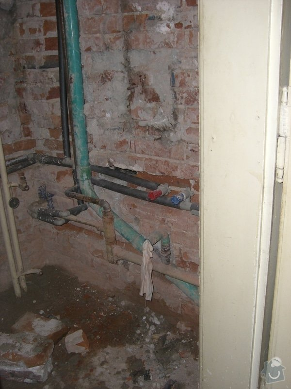 Instalace nového rozvodu vody+zedničina: CIMG1894