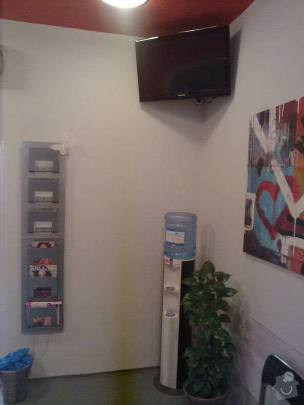 Rekonstrukce zubní ordinace: 200220112429
