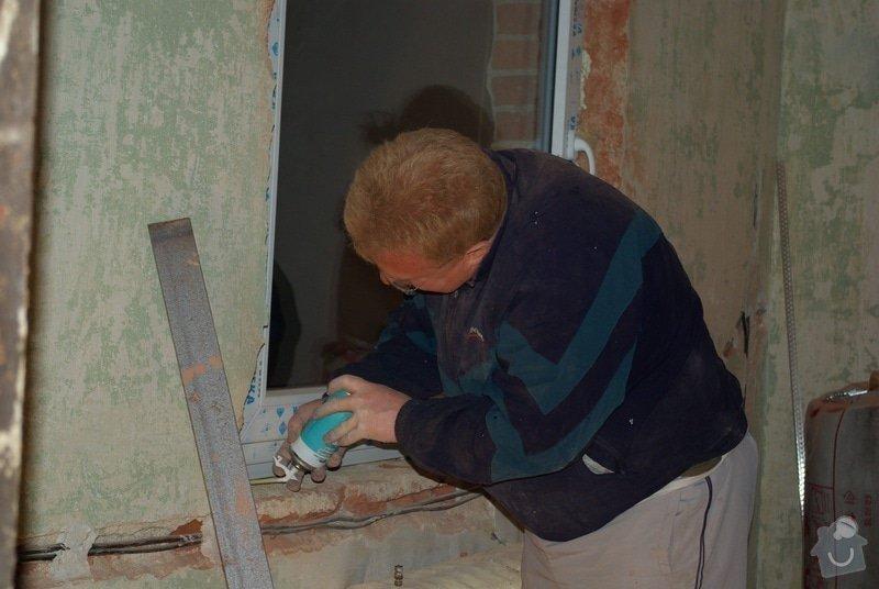 Elektroinstalace, montáž oken: 09