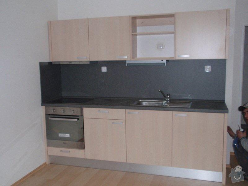 Výroba + montáž 14 ks kuchyňských linek, vč. dodání spotřebičů: EVIONS_KUCHYNE_024