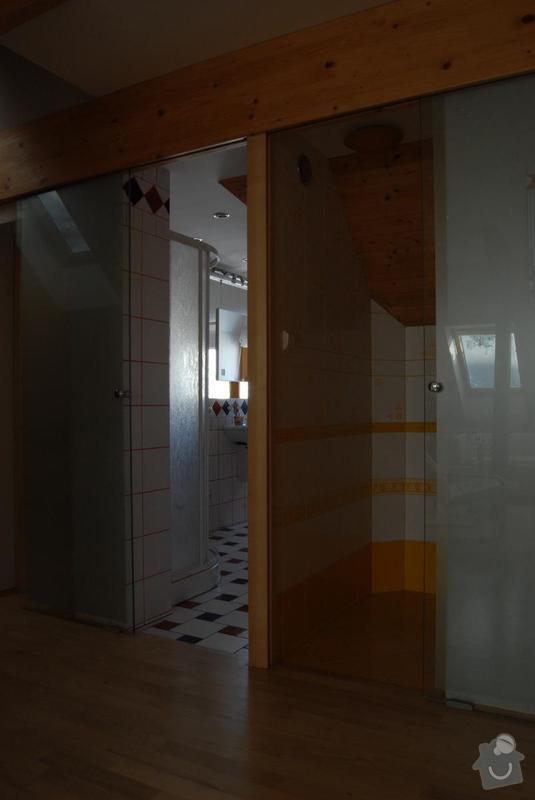 Rekonstrukce celé koupelny: posuvne_dvere_koupelna_a_toaleta