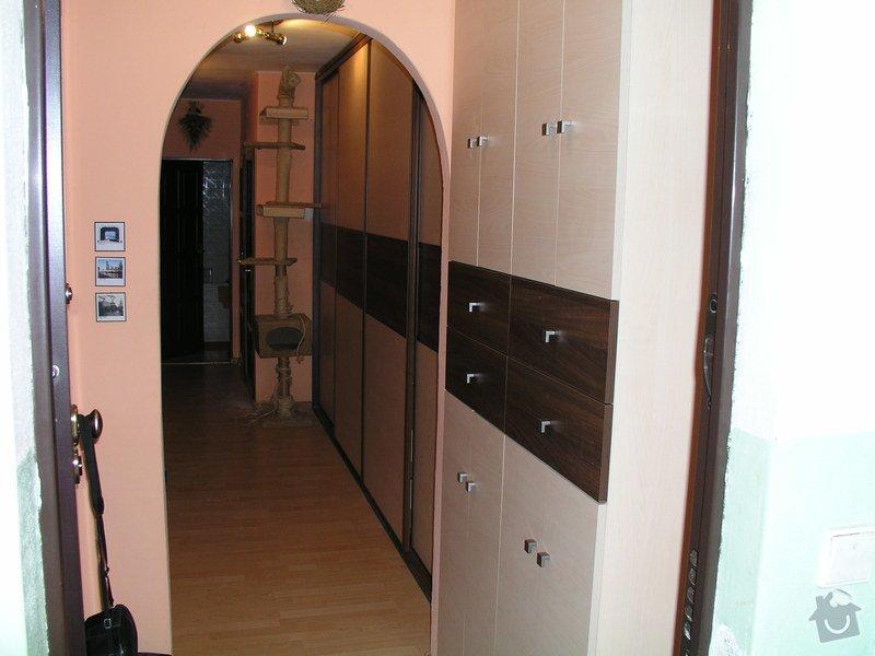 Zaměření výroba montáž vestavěných skříní: P1010014
