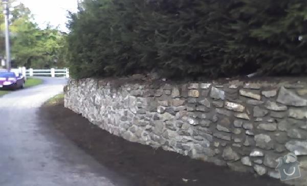 Oprava kamené zdí: zed