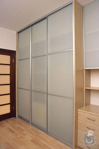 Výrobu a montáž vestavěné skříně na míru: Vestavna_skrin
