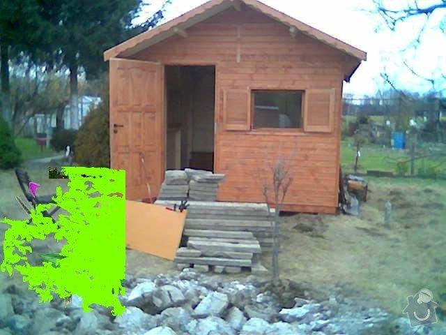Terasu k záhradnímu domku: chatka
