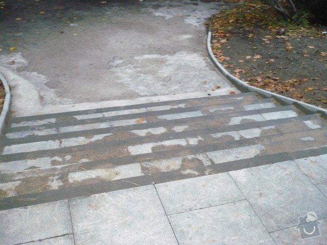 Oprava chodníku: P1050191