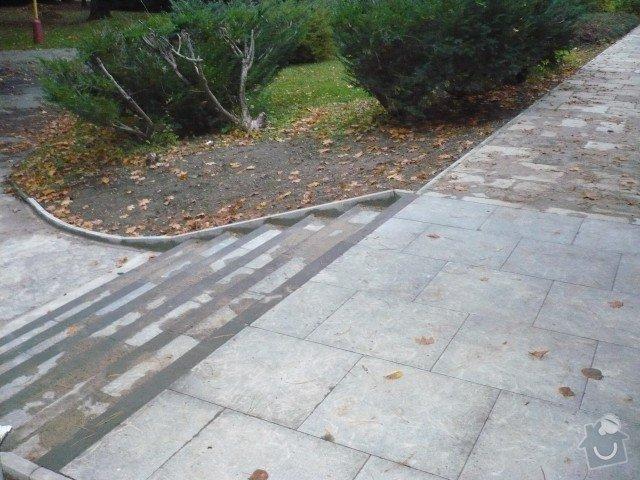 Oprava chodníku: P1050192