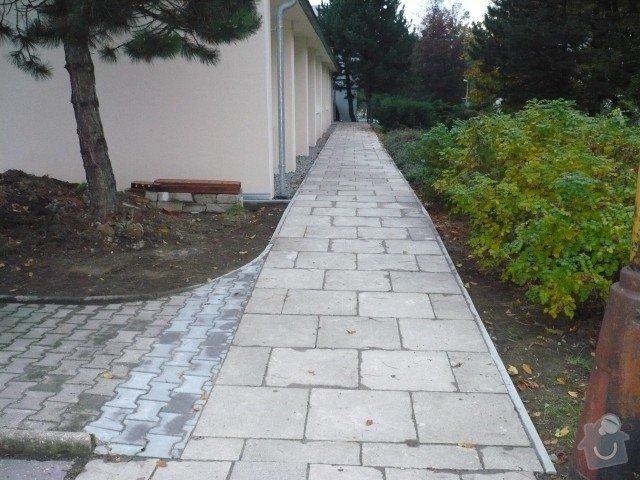 Oprava chodníku: P1050195