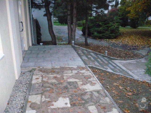 Oprava chodníku: P1050196