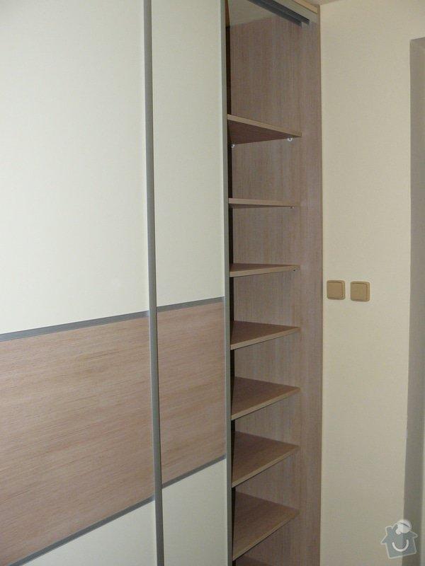 Šatní skříň do předsíně: P1030107