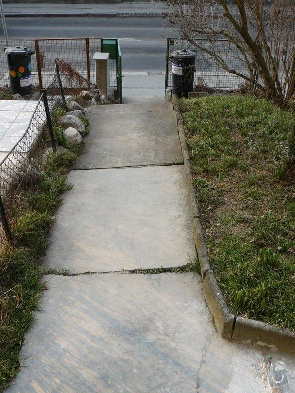 Oprava chodníku a schodů: P1090381