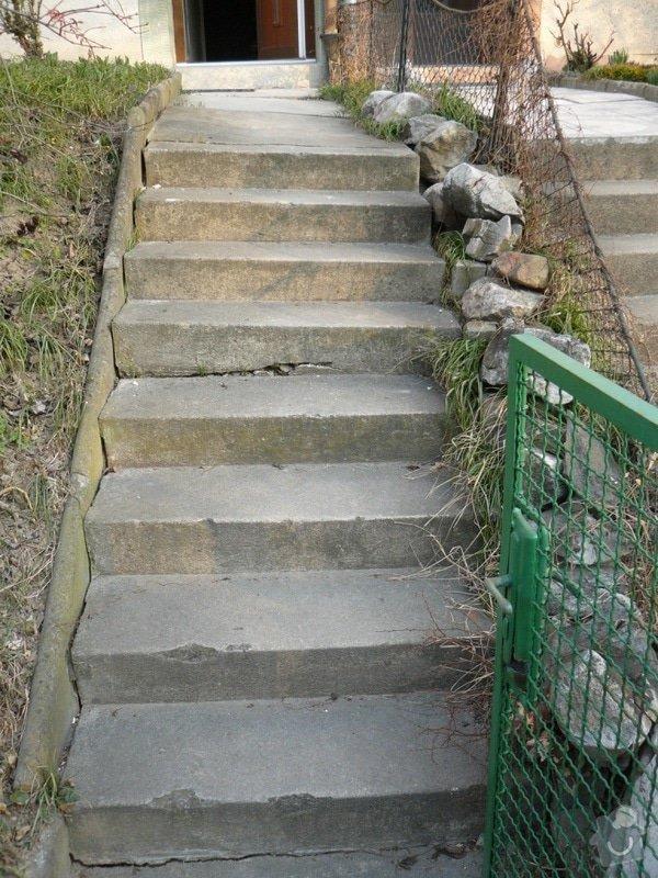Oprava chodníku a schodů: P1090382