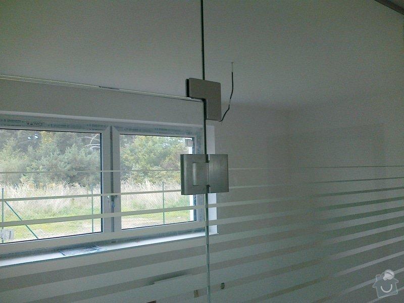Montáž skleněné stěny a dveří: 07102010116
