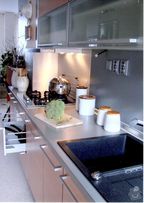 Nábytek - kuchyně na míru: img002
