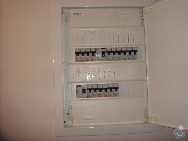 Nové elektro rozvody v bytě 2+1: 013