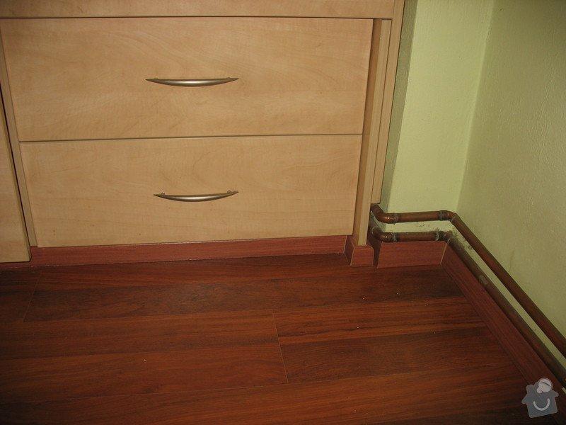 Pokládka laminátové podlahy: IMG_9569