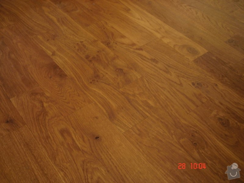 Broušení a stěrkování podkladu,pokládka parket a vinylové podlahy: DSC03073