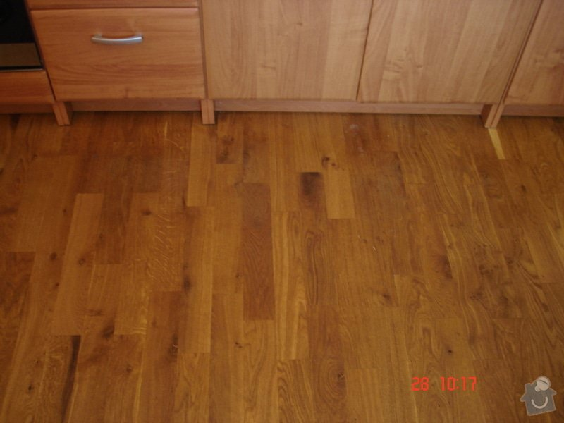 Broušení a stěrkování podkladu,pokládka parket a vinylové podlahy: DSC03078
