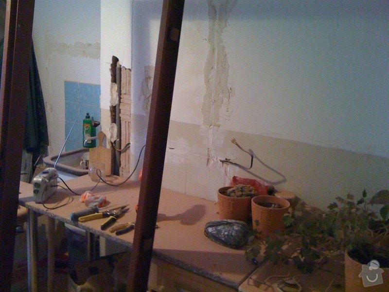 SDK příčka, vyříznutí dveří, obklad kuchyň : IMG_1290