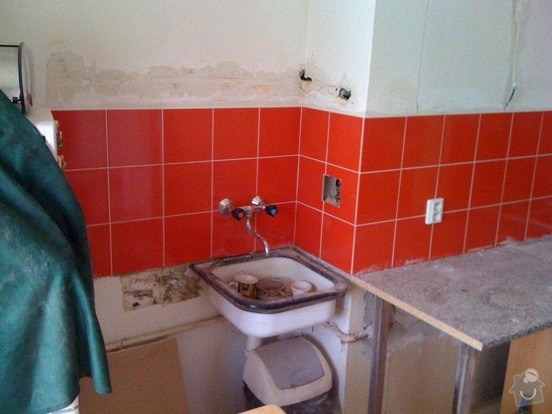 SDK příčka, vyříznutí dveří, obklad kuchyň : IMG_1305