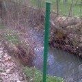 Oprava plotu temer podemleteho vodou viz foto imag0152