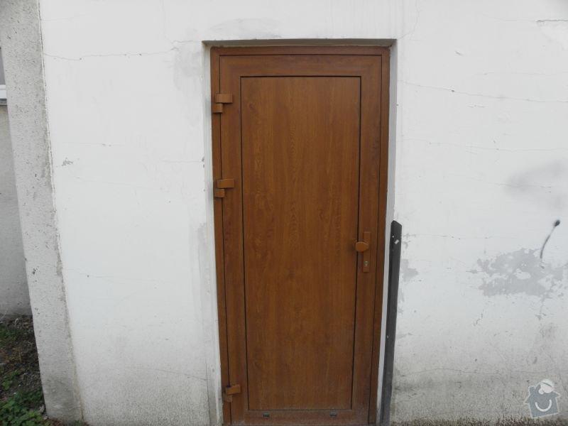 Výměna oken a dveří v panelovém domě 92ks: dvere4
