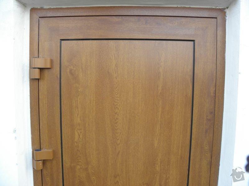 Výměna oken a dveří v panelovém domě 92ks: dveredetail2