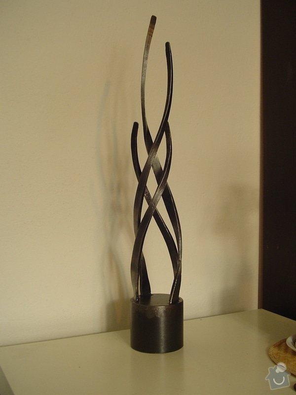 Výroba nejen kovaných svícnů pro reklamní předměty: plastika_model