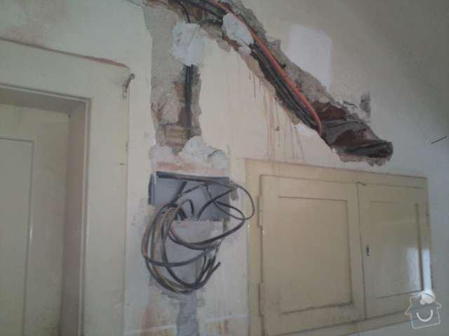 Kompletní rekonstrukce elektroinstalace prvorepublikové vily: DSC00173