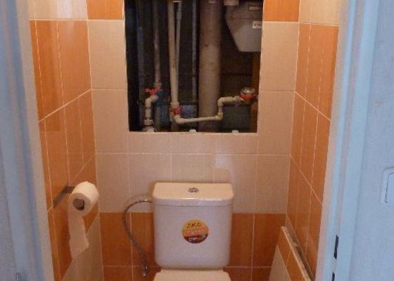 Rekonstrukce koupelny ,rekonstrukce kuchyně,pokládka dlažby ,