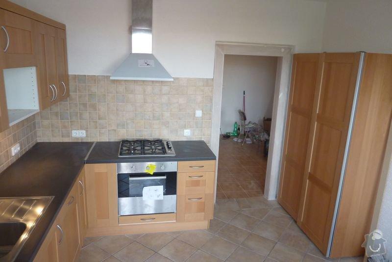 Rekonstrukce koupelny ,rekonstrukce kuchyně,pokládka dlažby , : P1000698_kuchyn