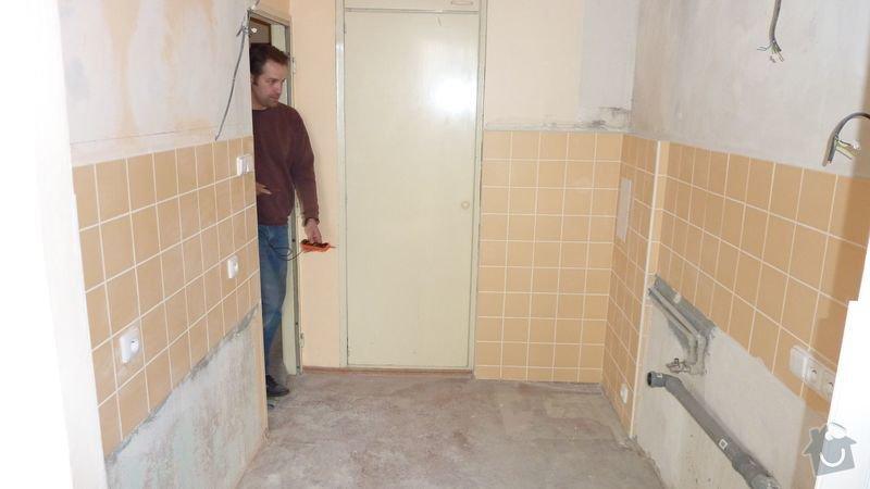 Rekonstrukce kuchyně, navýšení rozvodu elektřiny na 380V, obklad pro kuchyň, příčka SDK: P1000361vrs_kuch1