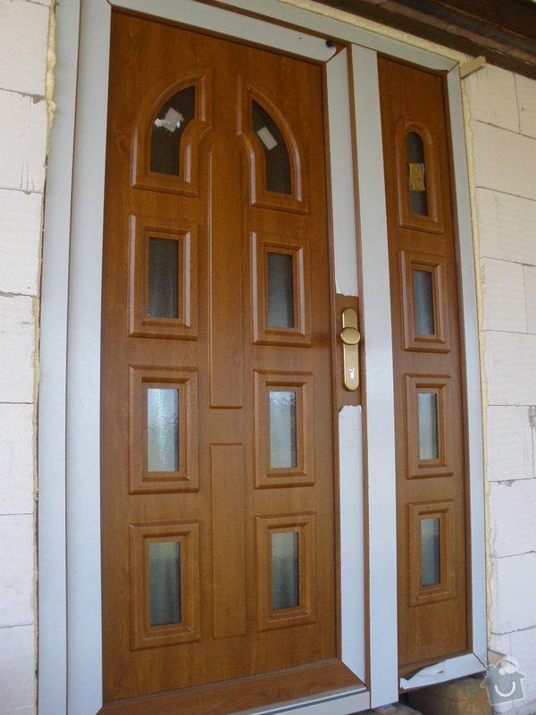 Vchodové dveře do RD: P4100448