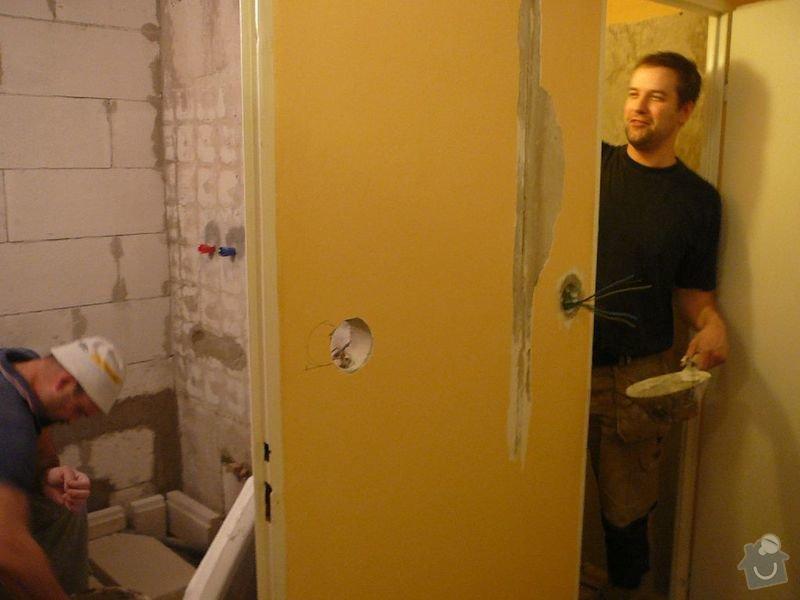 Rekonstrukce koupelny , elektroinstalace, rozvod vody a odpadů: P1050958jirka