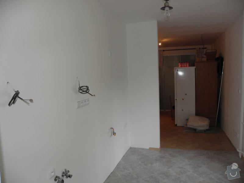 Rekonstrukce koupelny,vestavěné skříně : kuchyn2