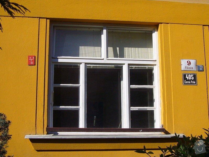 Výměna okna za plastové.: stare_okno_z_venku
