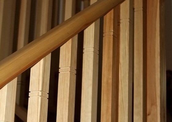Dřevěné zábradlí na míru