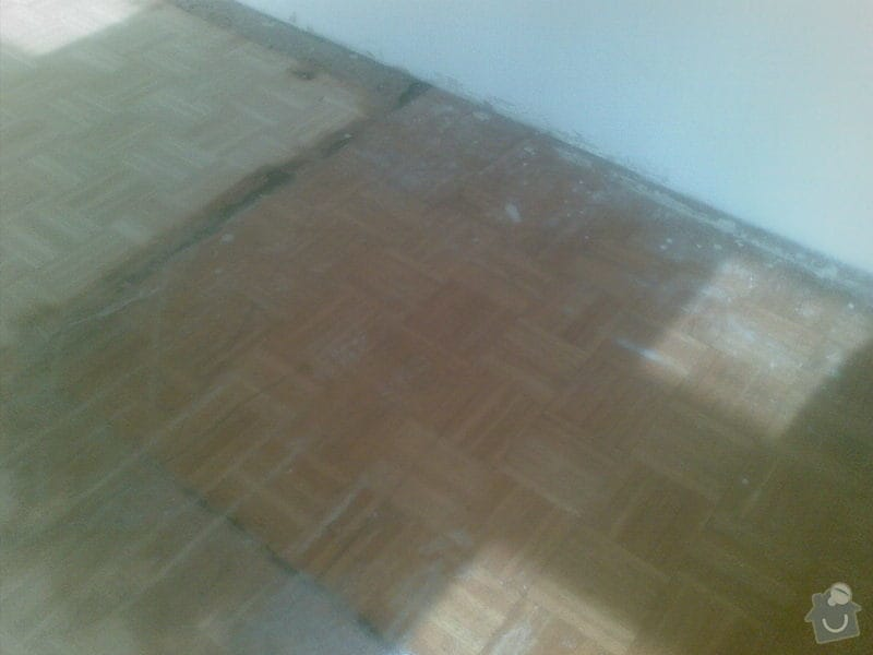 Přebroušení dřevěné podlahy a nalakování: 02042011_010_