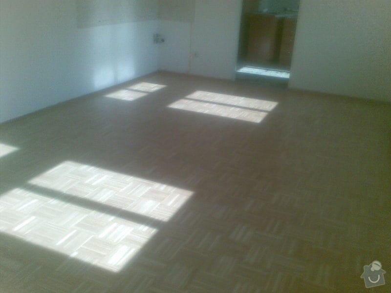 Přebroušení dřevěné podlahy a nalakování: 03042011_001_
