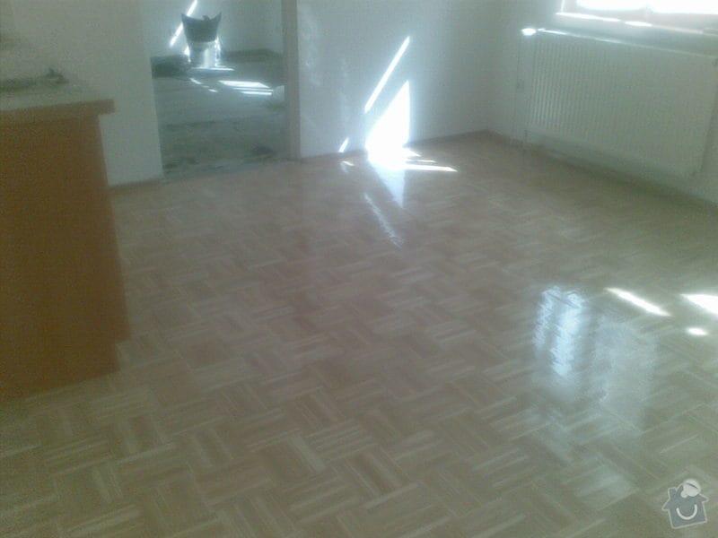 Přebroušení dřevěné podlahy a nalakování: 06042011_001_