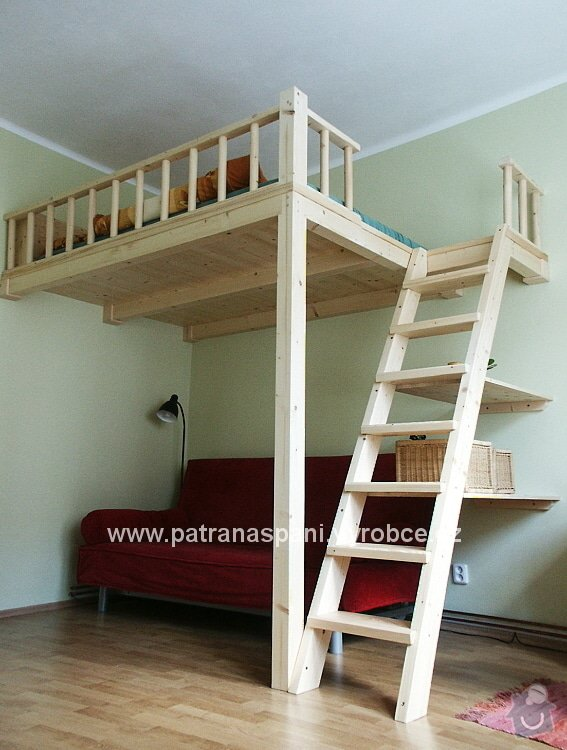 Dřevěná patrová postel 180/200cm: patro