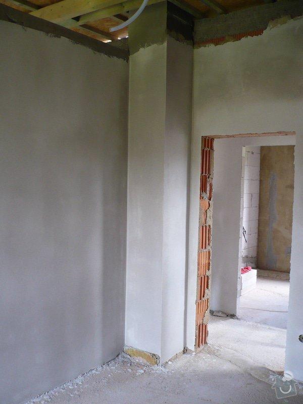 Vnitřní jádrové a štukové omítky, izolace podlahy.: P1030231
