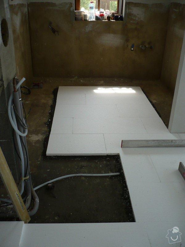 Vnitřní jádrové a štukové omítky, izolace podlahy.: P1030314